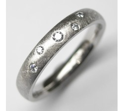 Palladium Ring mit 5 Brillanten