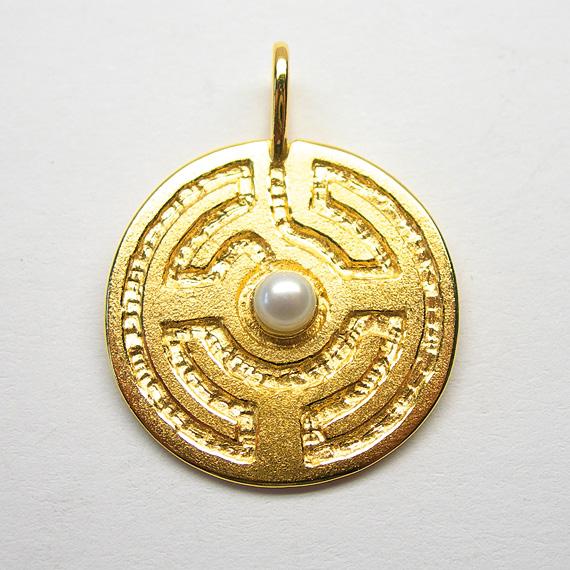 Rosengarten-Amulett Silber gelb-vergoldet mit Süßwasser-Zuchtperle