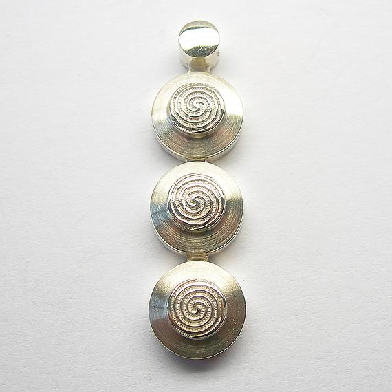 Nibelungen-Anhänger aus Silber