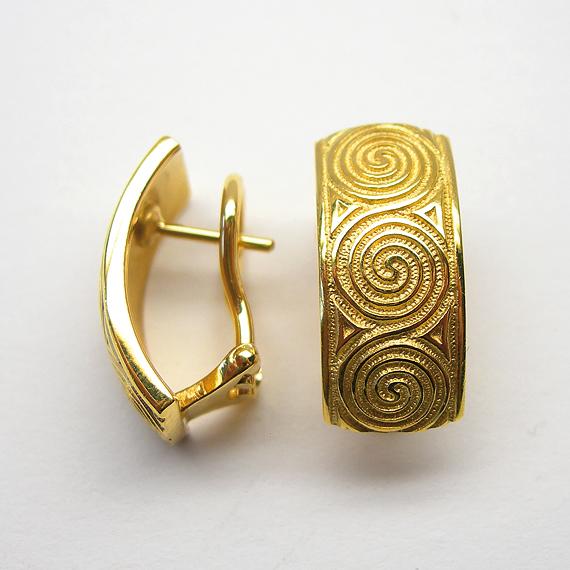 Nibelungen-Ohrclip aus Silber gelb-vergoldet