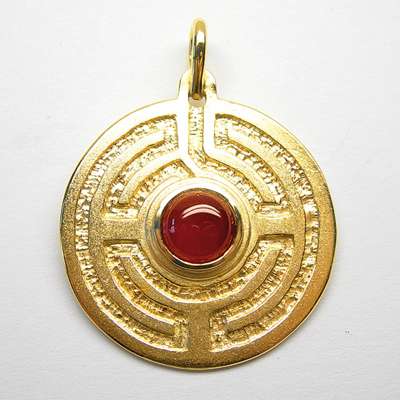 Rosengarten-Amulett Silber gelb-vergoldet mit Carneol