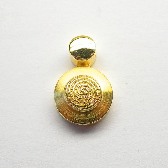 Nibelungen-Anhänger aus Silber gelb-vergoldet