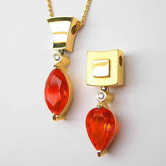 Gelbgold Anhänger mit Feueropal und Brillant