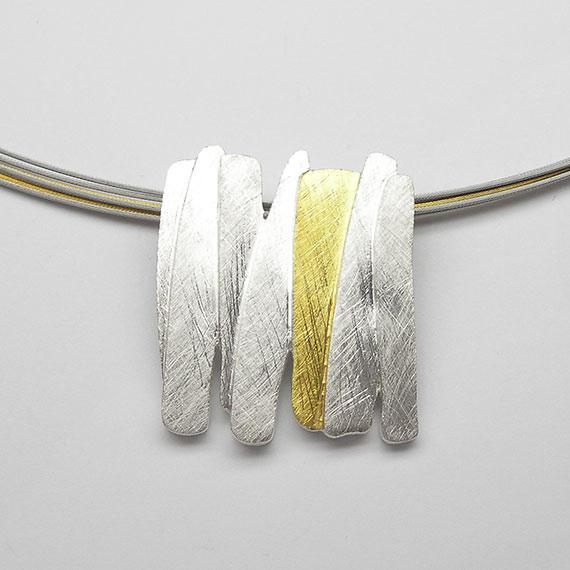 Anhänger aus Silber gelb-teilvergoldet im Stäbchendesign