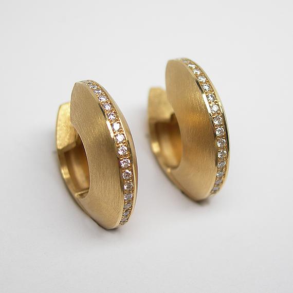 Gelbgold Ohrchreolen mit Diamanten