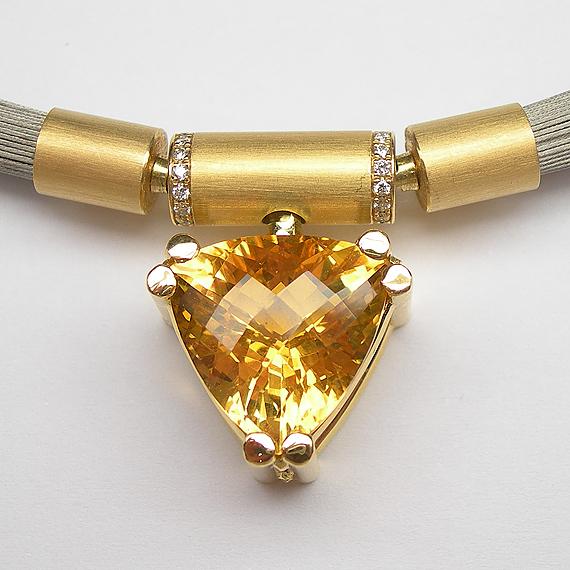 Collier-Schließe aus Gelbgold mit Palmeira-Citrin und Brillanten mit AURUM Flextechnik