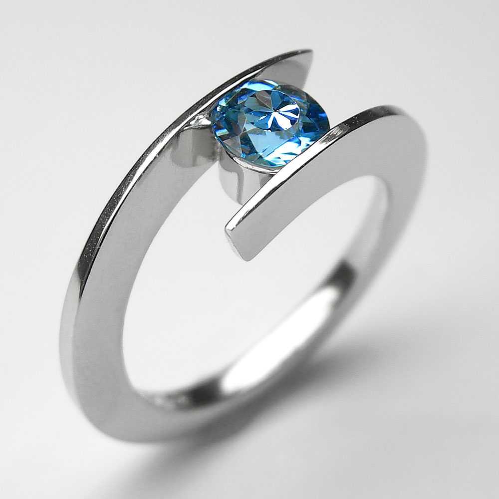 Platin Ring mit Aquamarin
